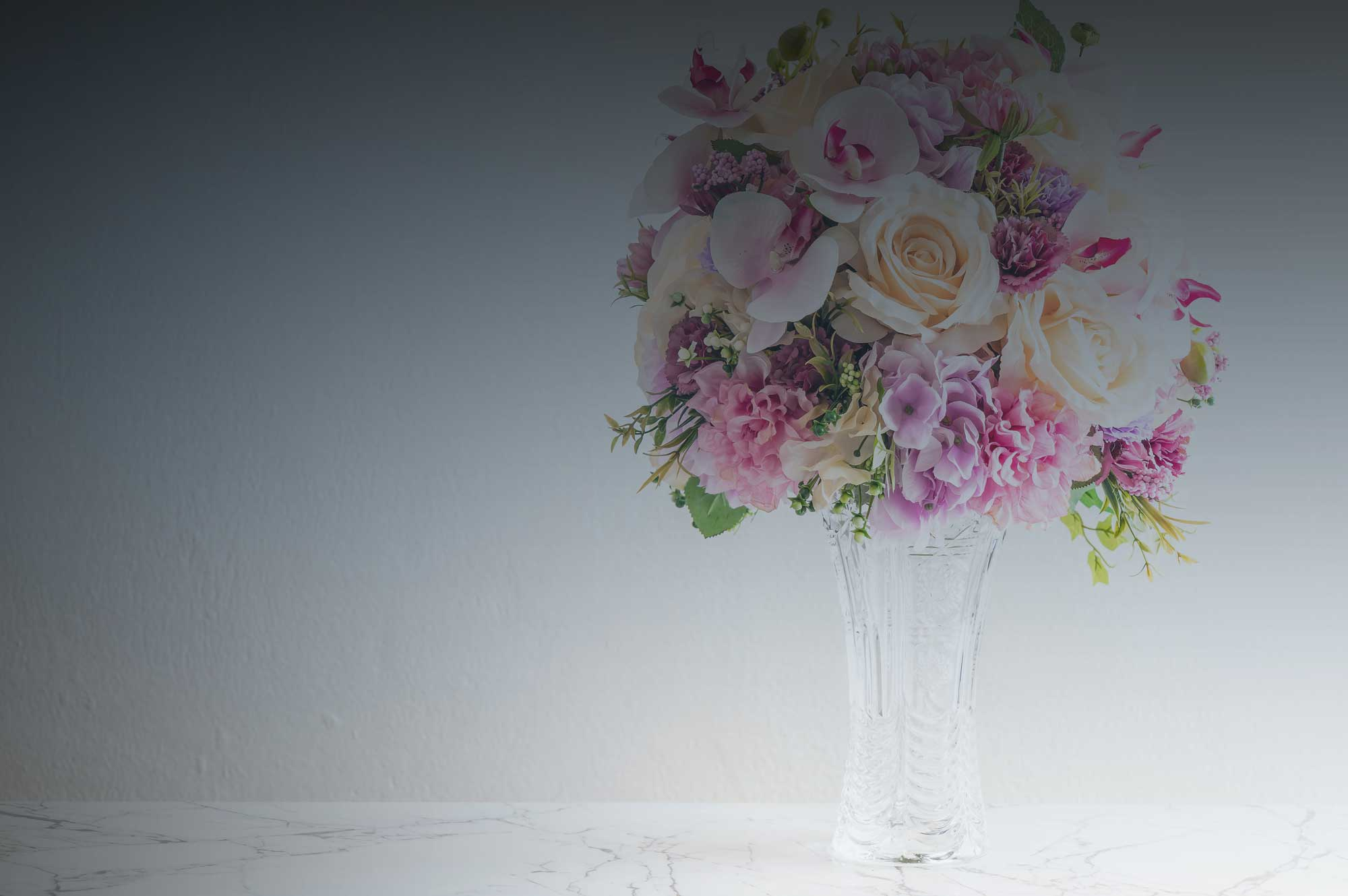Flowers in Vase | Eska Creative Gifting