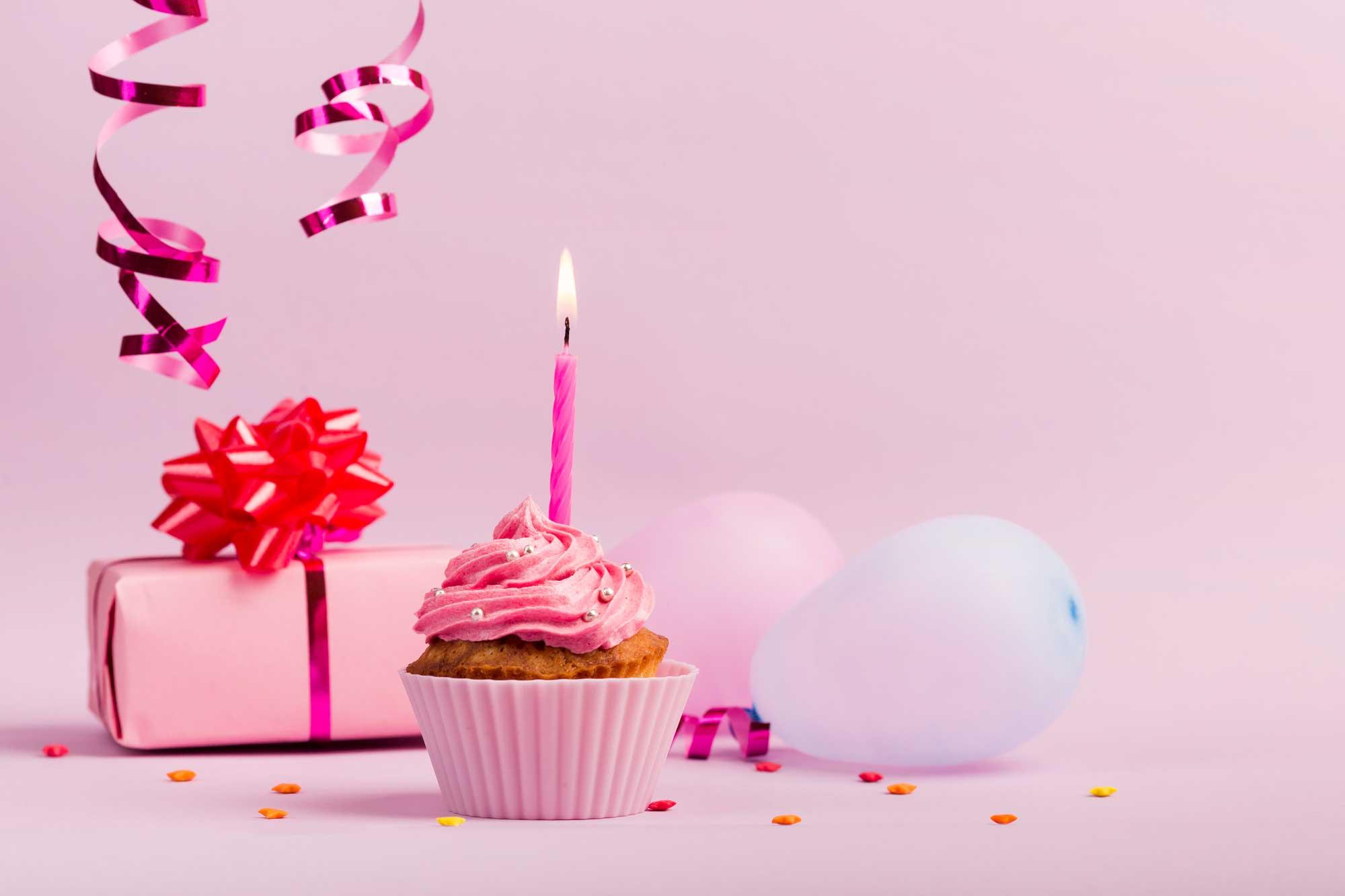 6 Birthday Gifts to Lift Her Spirits | Eska Creative Gifting